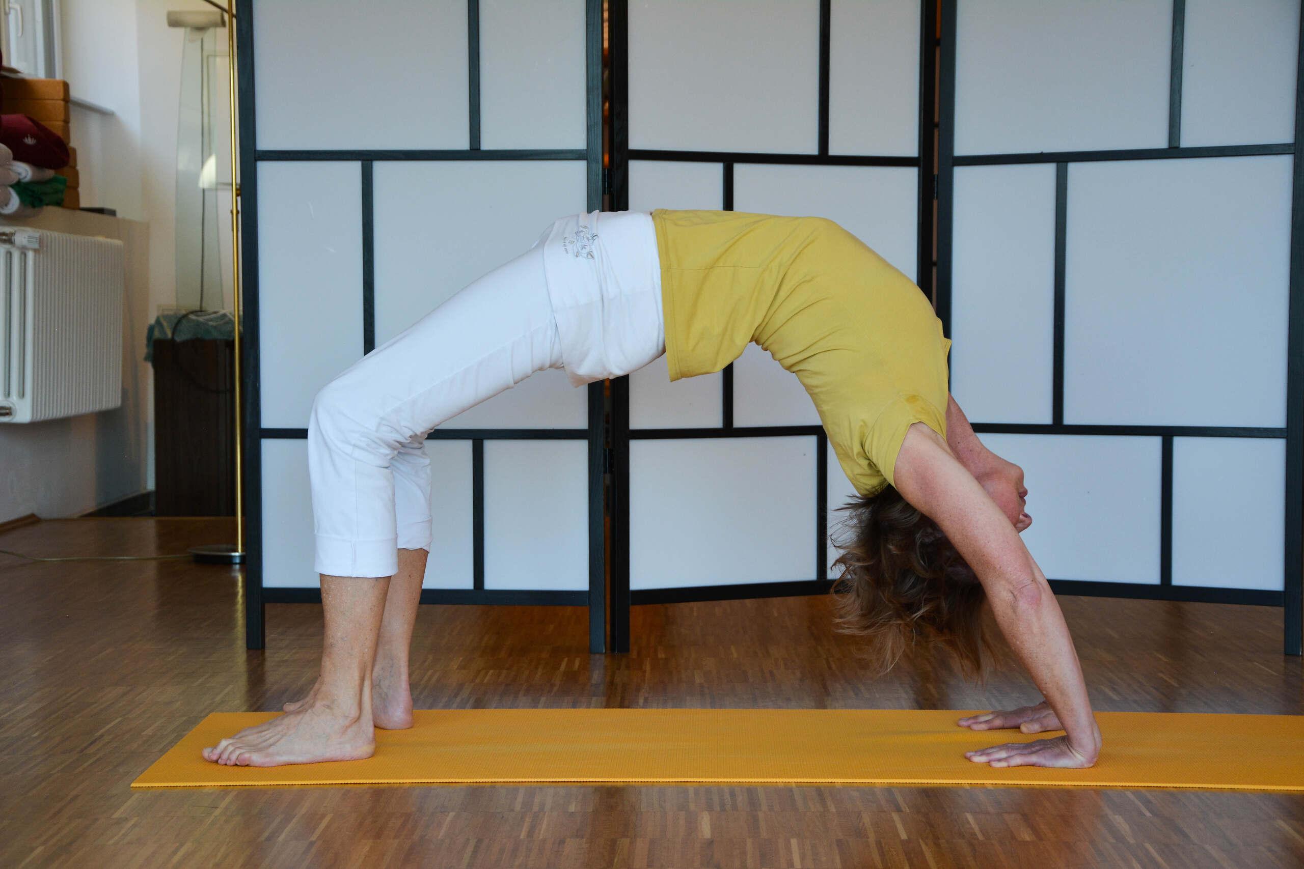 yoga_brücke